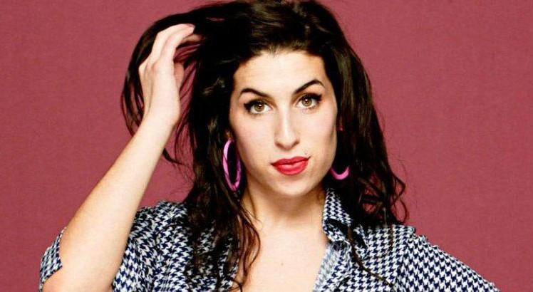 amy-winehouse-agambiarra-1170×480