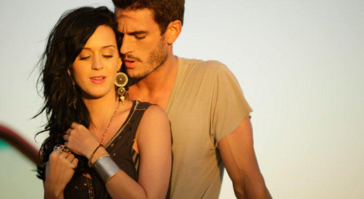 Katy Perry é acusada de assédio sexual por ator de Teenage Dream ok