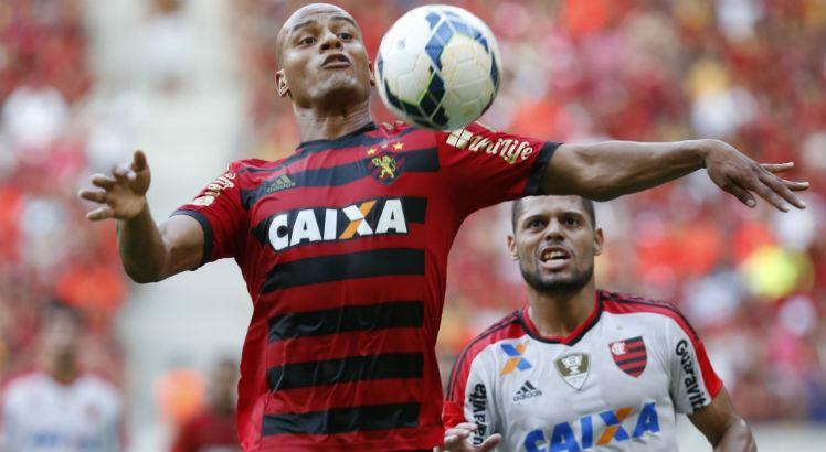 Patric, lateral-direito, Sport, AG2